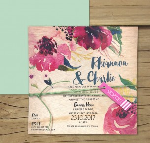 Printed on wood! Une fleur invitation