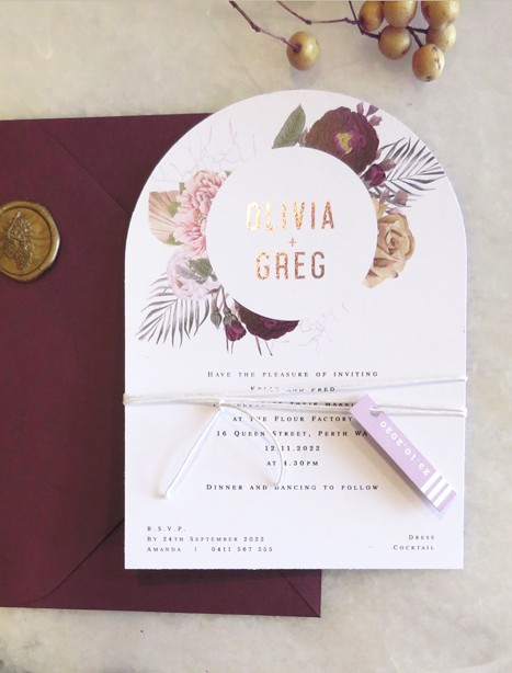 thumberlina in burgandy and rose gold arch invitation