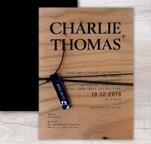 Printed on wood! Madrid flat card invitation